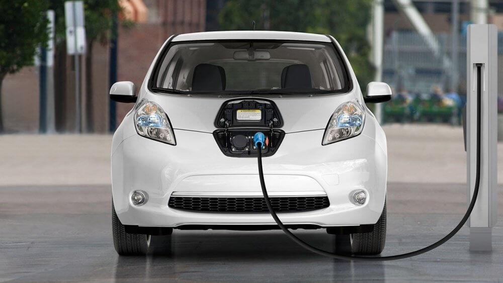 Xe ô tô điện phục vụ trong các khu du lịch, khu vui chơi khi nhập khẩu về có bị tính thuế tiêu thụ đặc biệt