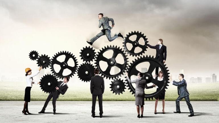 Quản lý doanh nghiệp theo mô hình 3 chiều